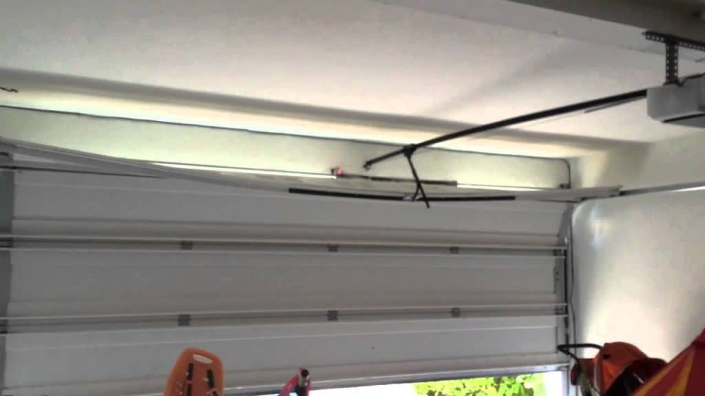 Lincoln Village CA Garage Door Repair & Replacement