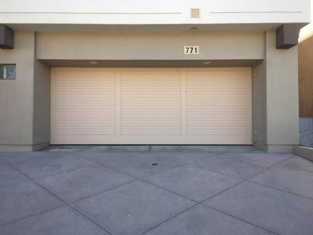 Seal Beach CA Garage Door Repair & Replacement