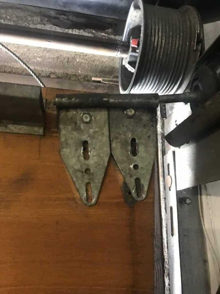 Hood CA Garage Door Repair & Replacement