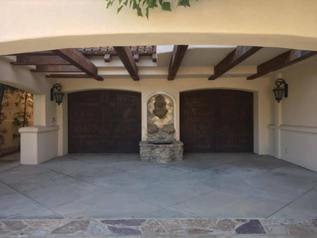 Woodland Hills CA Garage Door Repair & Replacement