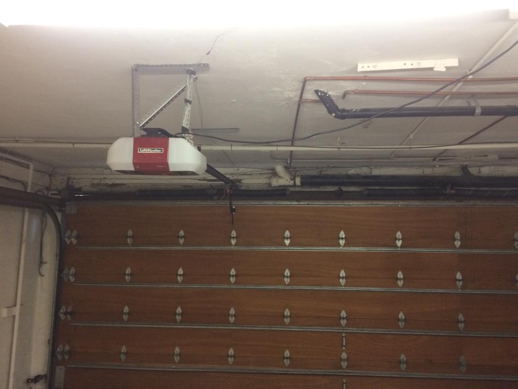 West Hills CA Garage Door Repair & Replacement
