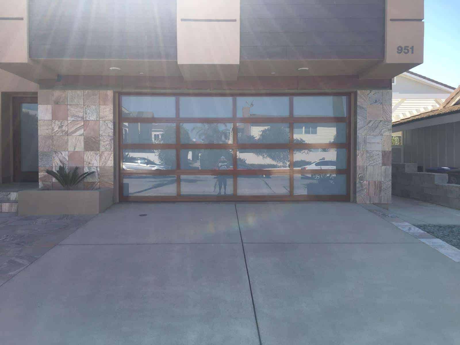 Van Nuys CA Garage Door Repair & Replacement
