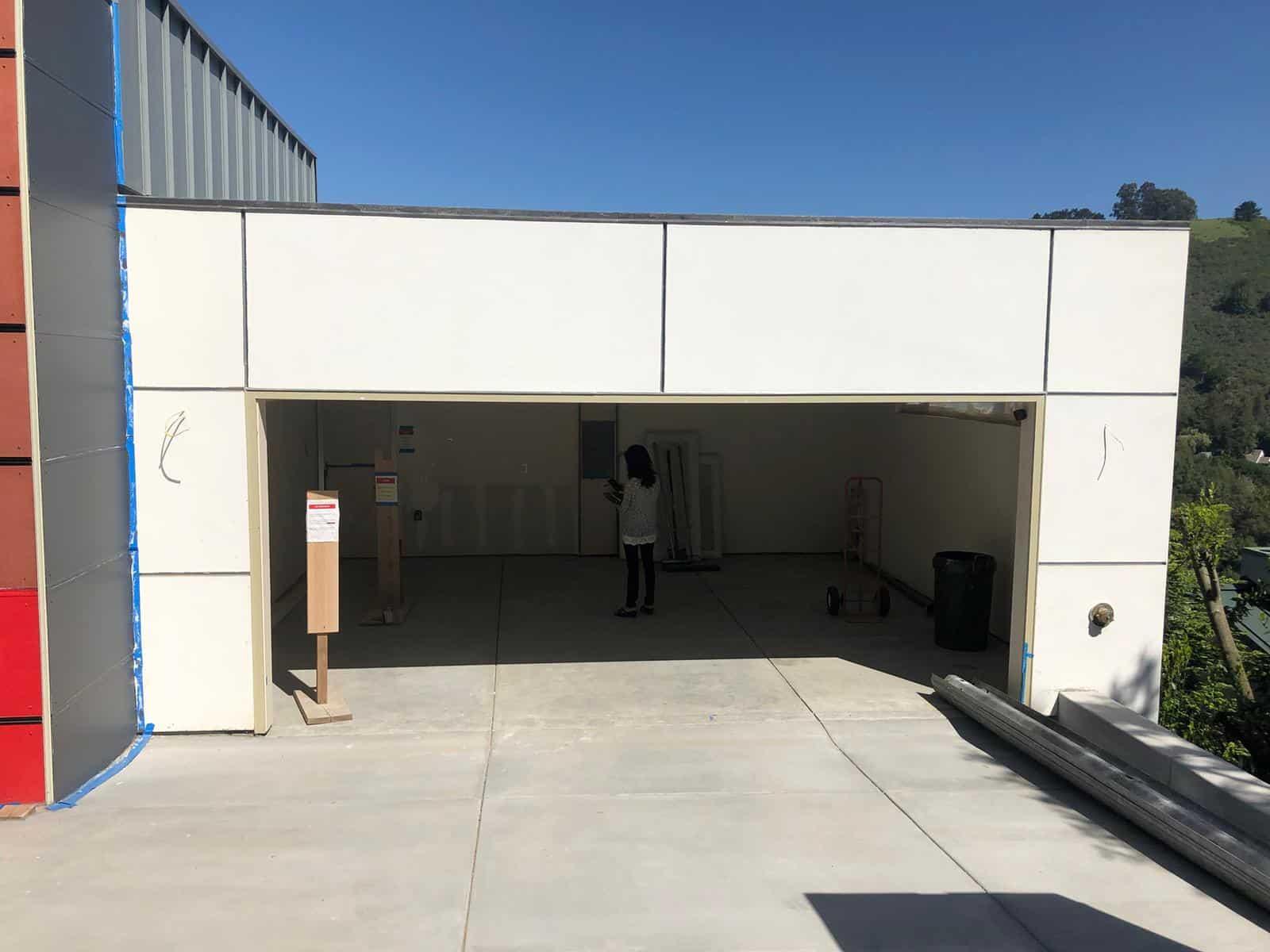 Tips to Find the Best Garage Door Contractor Serving Your Area